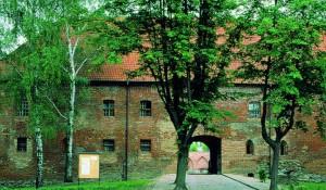 Burg Neidenburg Foto: Polnisches Fremdenverkehrsamt
