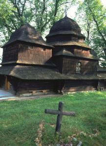 Holzkirche Równia © Polnisches Fremdenverkehrsamt