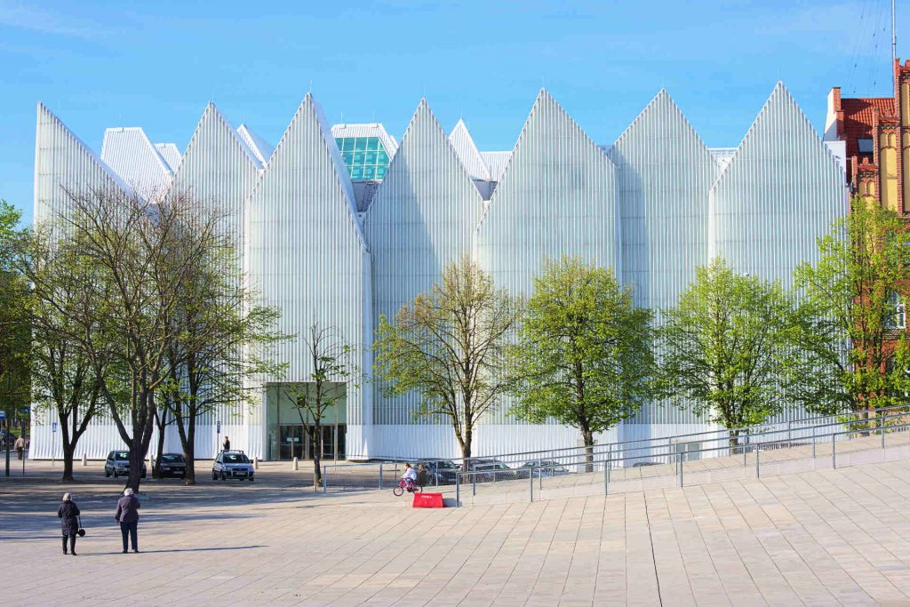 Zu sehen ist die Stettiner Philharmonie, Bild: DrKssn