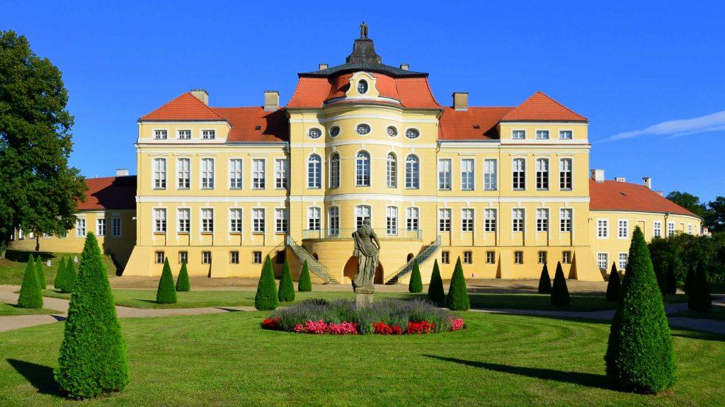 Zu sehen ist das Schloss Rogalin bei Posen, Bild: Bartosz MORĄG