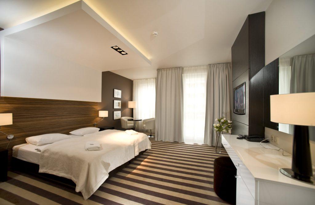 Zu sehen ist ein Hotelzimmer des Hotel Diva Spa in Kolberg, Bild: Hotel Diva Spa