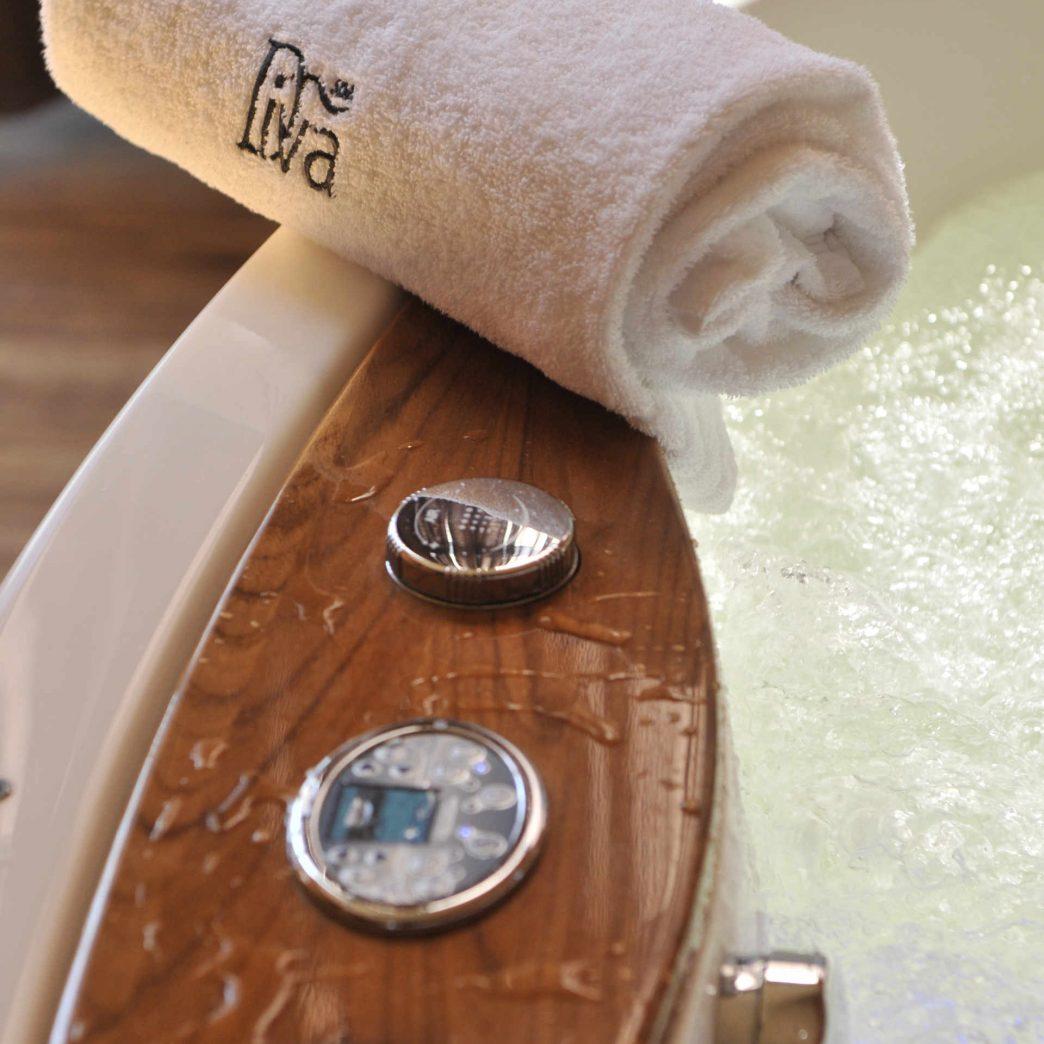 Zu sehen ist ein Pool im Wellnessbereich des Hotel Diva Spa in Kolberg, Bild: Hotel Diva Spa