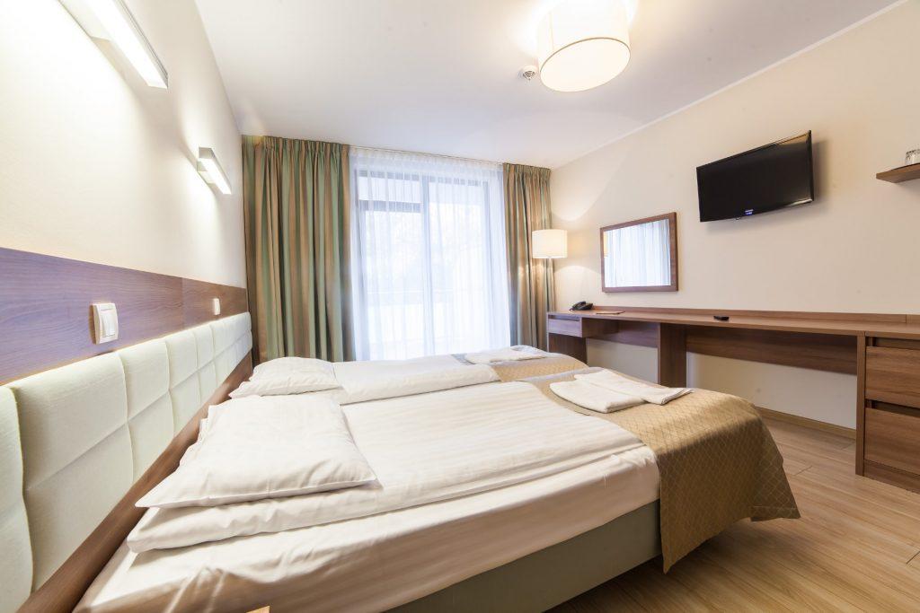 Zu sehen ist ein Hotelzimmer im Hotel Olymp 3 in Kolberg, Bild: Hotel Olymp 3