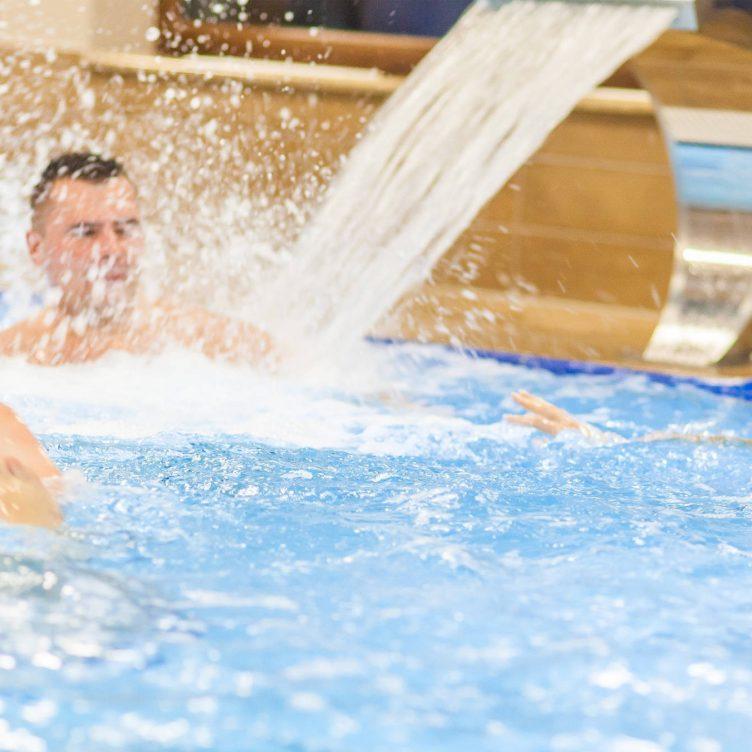Zu sehen ist Schwimmbecken im Hotel Olymp 3 in Kolberg, Bild: Hotel Olymp 3