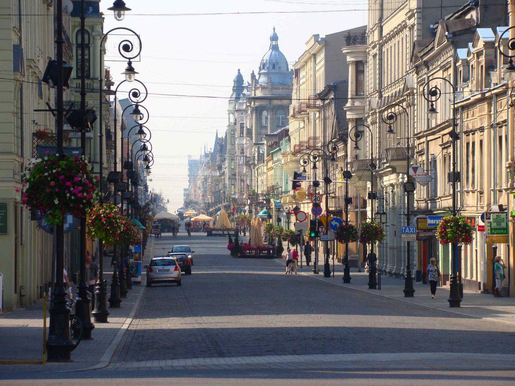 Zu sehen ist die Ulica Piotrkowska in Łódź, Bild: MAx-92