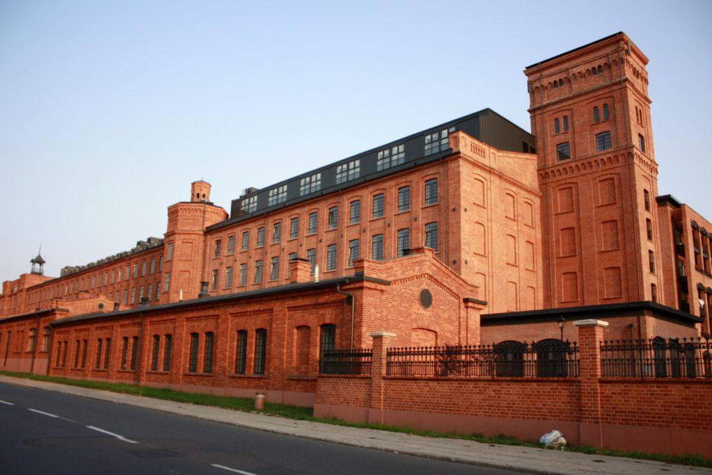 Zu sehen sind Lofts in der alten Scheibler-Fabrik in Łódź, Bild: Olchasosna