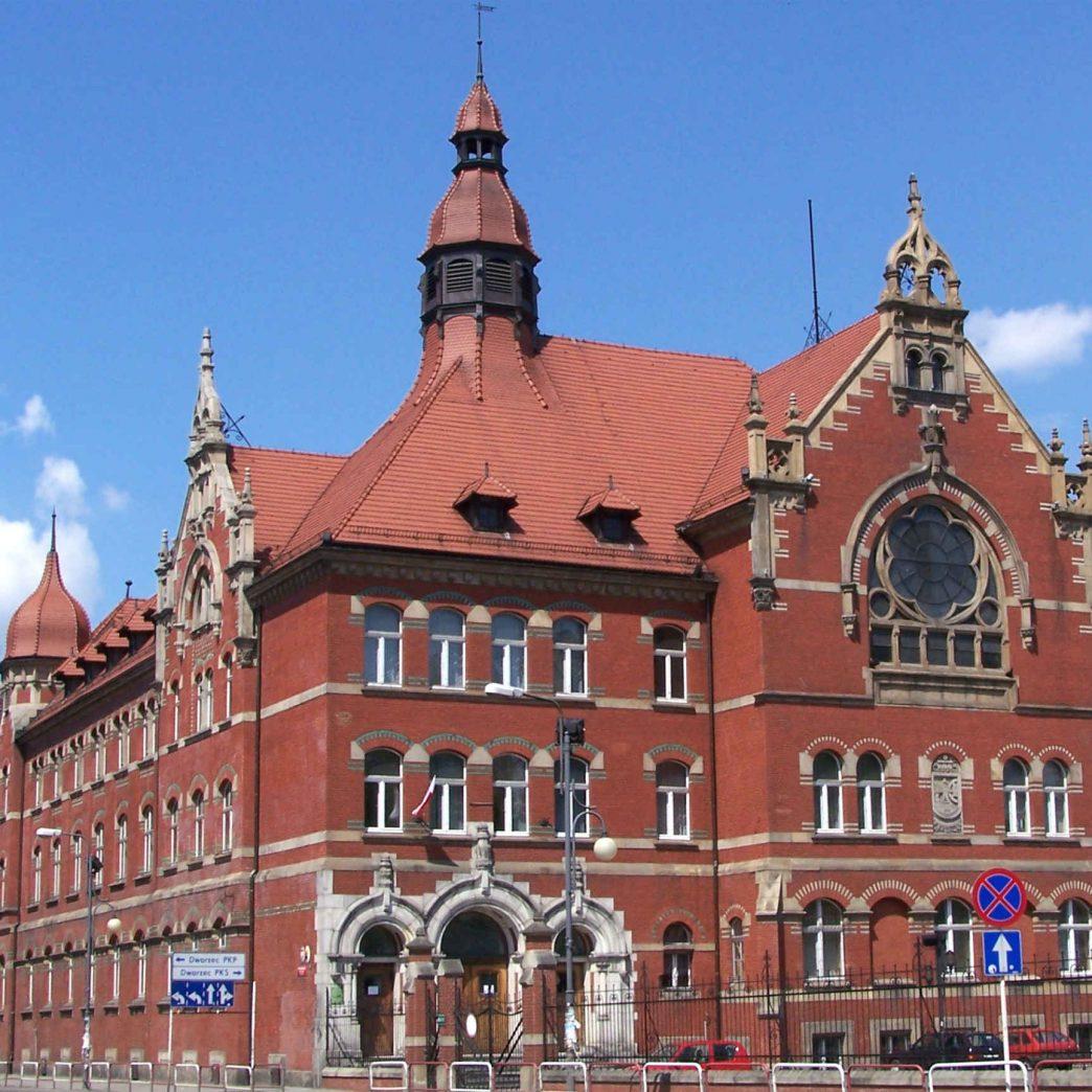 Zu sehen ist das Alte städtische Gymnasium in Kattowitz, Bild: Lestat Jan Mehlich