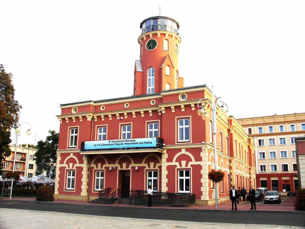 Zu sehen ist das Rathaus von Tschenstochau, Bild: Zureks
