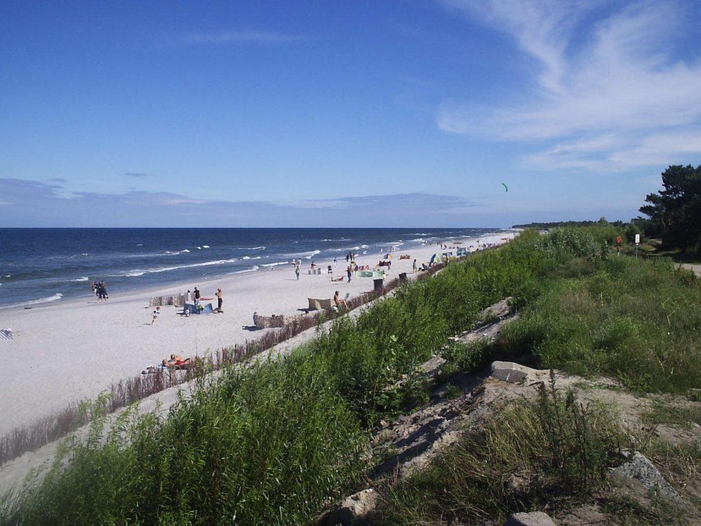 Zu sehen sind Dünen und Strand bei Kusfeld, Bild: Jan Jerszyński