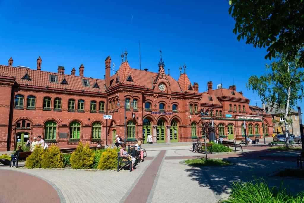 Zu sehen ist der Bahnhof von Marienburg,Bild: Surveyor2000