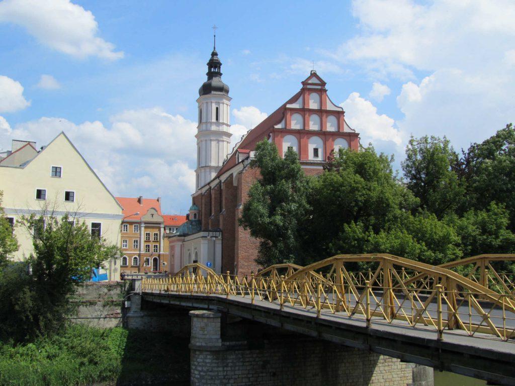 Zu sehen ist die Franziskanerkirche in Oppeln, Bild: Daviidos