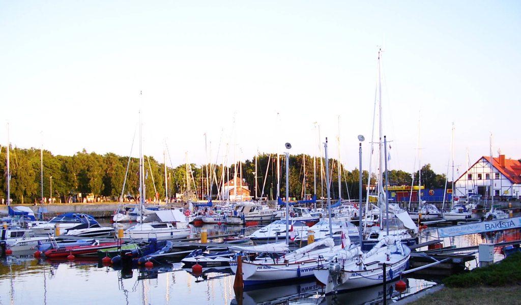 Zu sehen ist der Yachthafen in Leba, Bild: Maciej Barnaś