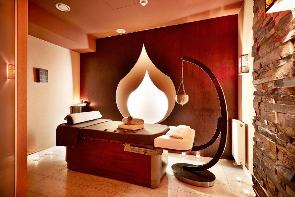 Zu sehen ist ein Wellnessraum im Hotel Sand, Bild: Hotel Sand