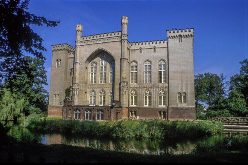 Zu sehen ist das Schloss in Kórnik, Bild: Jerzy Strzelecki
