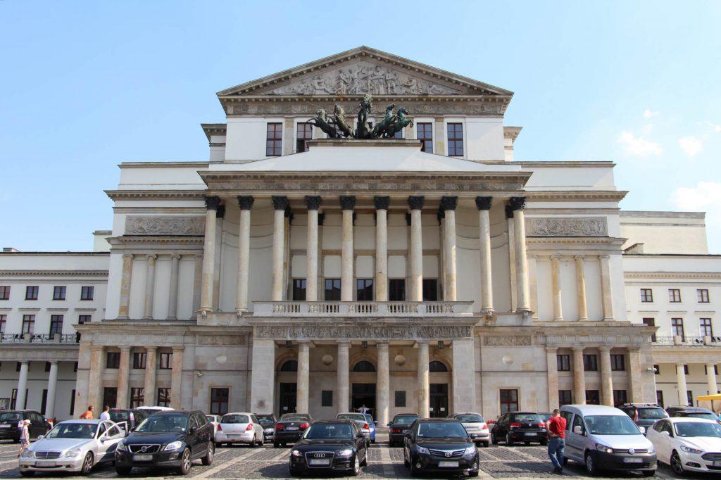 Zu sehen ist das Nationalaltheater in Warschau, Bild: Fred Romero from Paris France