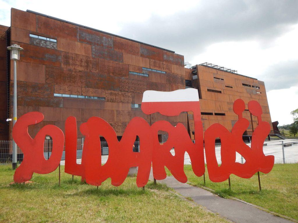 Zu sehen ist das Europäische Zentrum der Solidarność in Danzig, Bild: Borys Kozielski