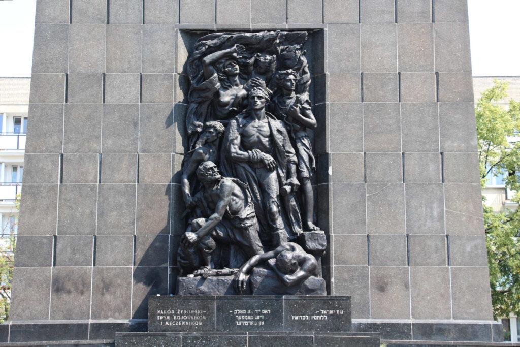 Zu sehen ist das Denkmal der Helden des Ghettos in Warschau, Bild: Fred Romero from Paris France