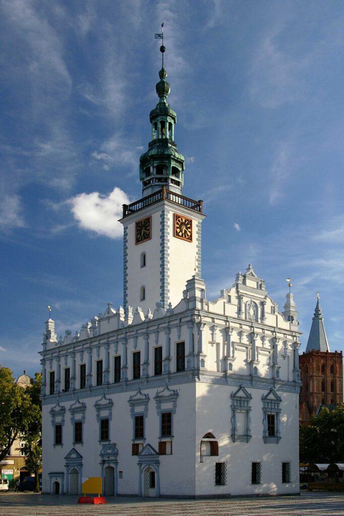 Zu sehen ist das Rathaus in Kulm, Bild: Lopcio