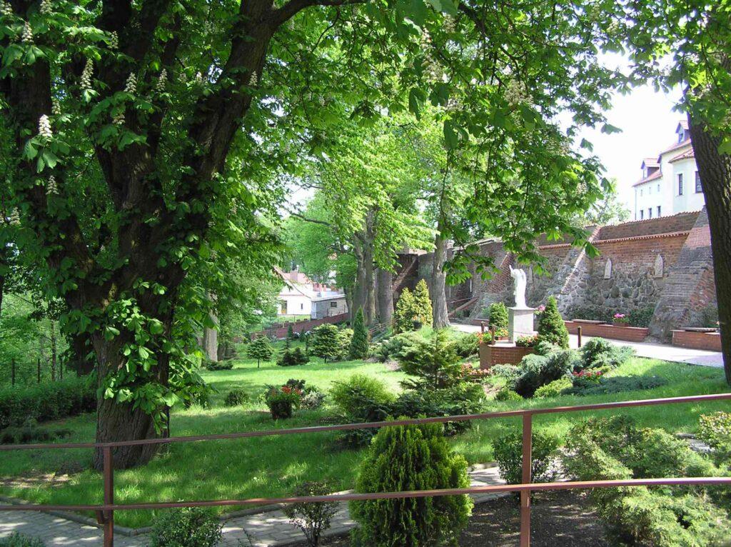 Zu sehen ist der Klostergarten in Kulm, Bild: Pko