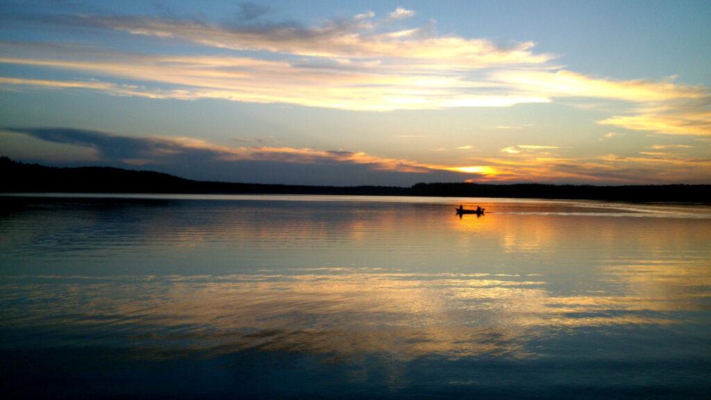 Zu sehen ist ein Seeblick in der Tucheler Heide, Bild: Bartosz Gbiorczyk