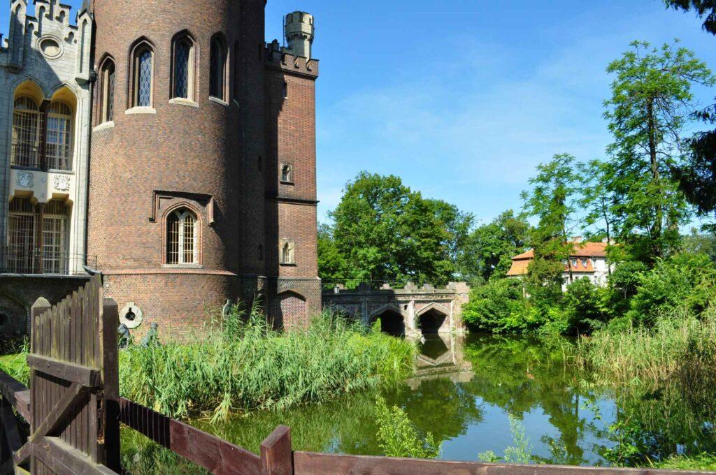 Zu sehen ist das Schloss in Kornik, Bild: Noaśka