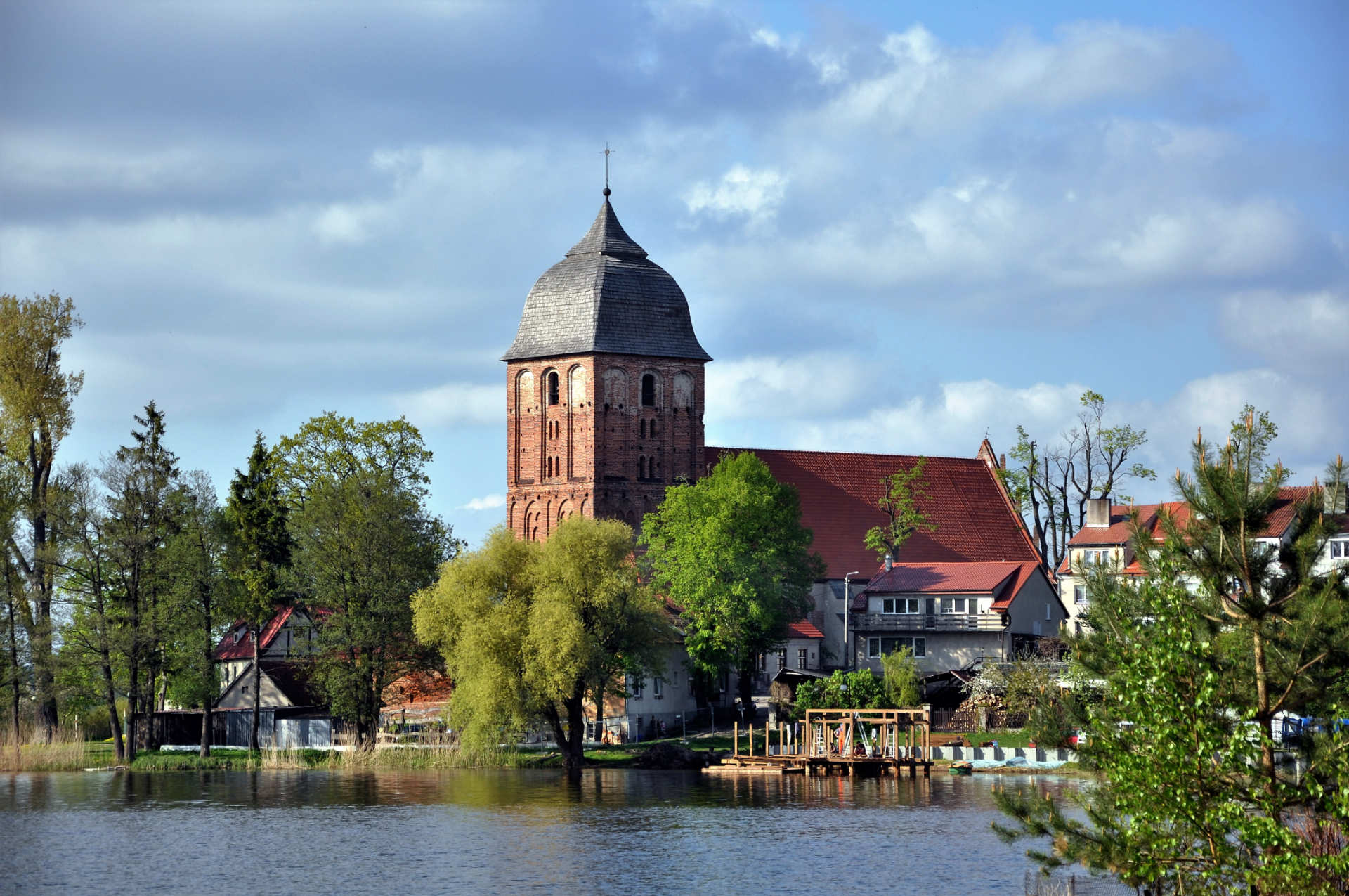 Zu sehen ist die Evangelische Kirche in Passenheim (Pasym), Bild: Halibutt