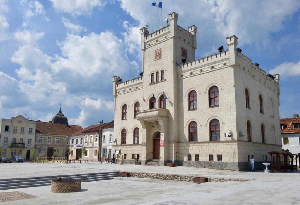 Zu sehen ist das Rathaus in Passenheim (Pasym), Bild: Kgbo
